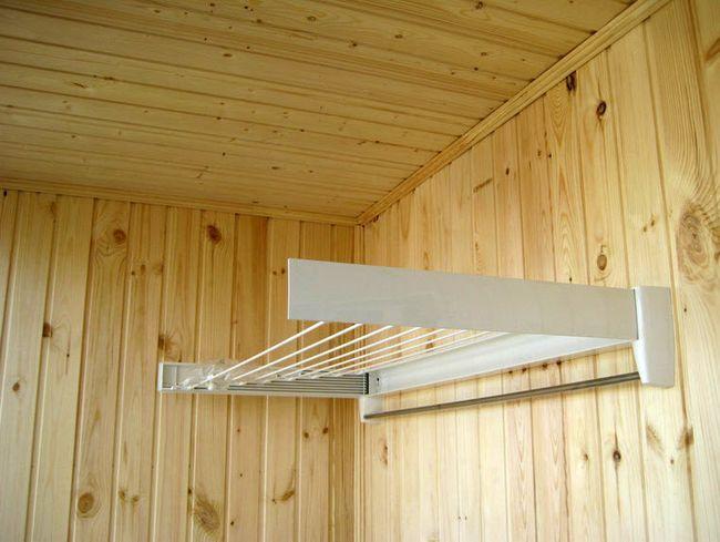 Як зробити сушилку на балкон