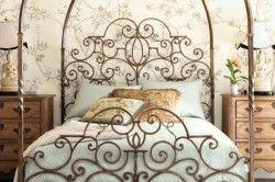 Ковані ліжко в стилі романтизм