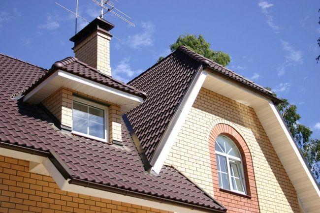 Фото - Як своїми руками зробити двосхилий дах