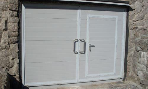 Фото - Як своїми руками змонтувати гаражні ворота (схема і креслення в допомогу)