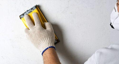Фото - Як прибрати сажу і кіптяву зі стін і стелі?