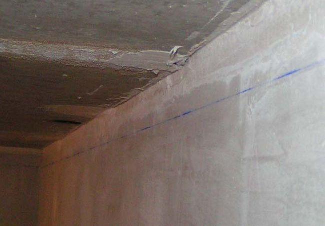 Розмітка стелі і стін приміщення