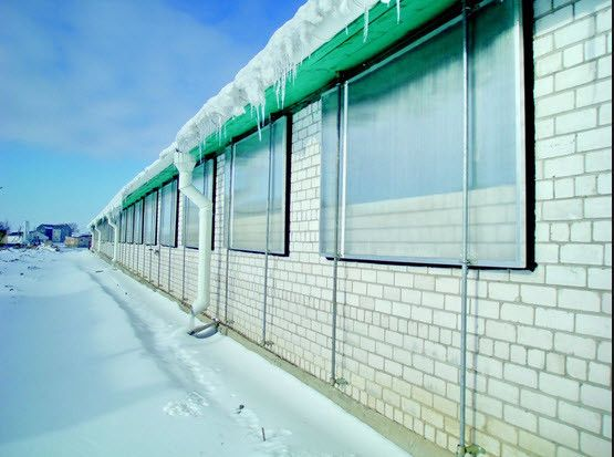 Фото - Як встановити вікна з полікарбонату