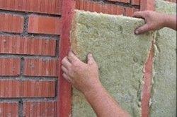 Фото - Як утеплити цегляний будинок зовні різними утеплювачами