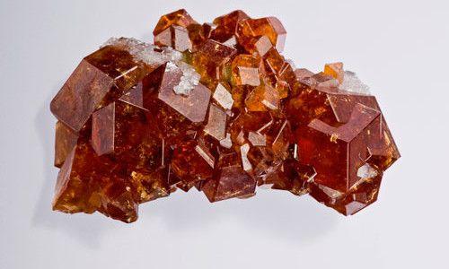 кристали граната