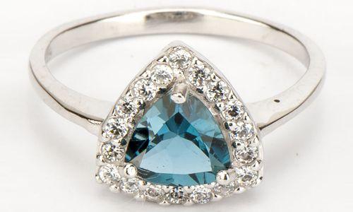 Кільце зі срібла з блакитним топазом