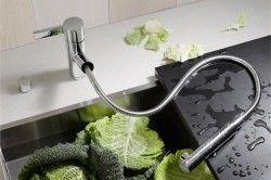 Кухонний змішувач з висувним рукавом