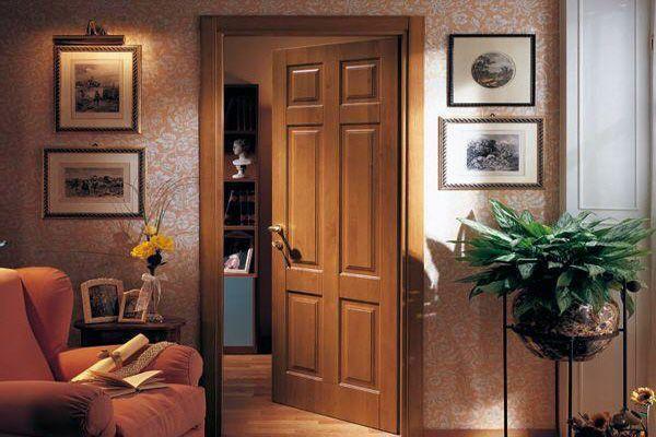 Встановлена   міжкімнатні двері