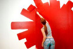 Фото - Як вибрати способи обробки: фарбувати стіни або клеїти шпалери