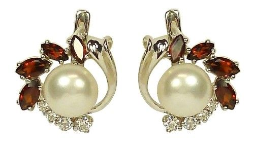 Фото - Як вибрати прикраси з перлів в сріблі