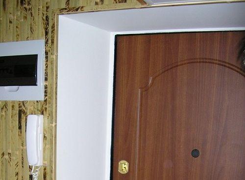 Фото - Як закрити дверні укоси