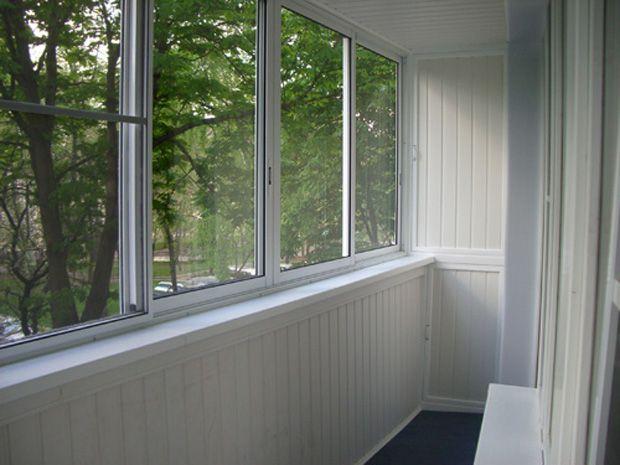 Фото - Які вікна краще вибрати для балкона?