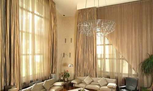 Фото - Які штори вибрати в зал: підбираємо колір і фасон