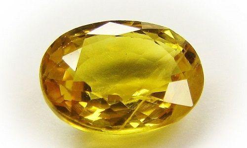 Фото - Які властивості має жовтий сапфір?