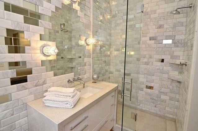 Дзеркальна плитка у ванній кімнаті