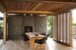 Відкрита тераса з дерева