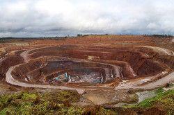 Алмазна шахта
