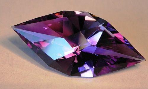 Фото - Камінь аметист: магічні і лікувальні властивості