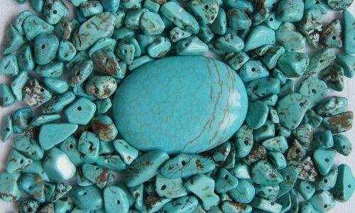 Оброблені камені бірюзи