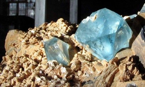 Фото - Камінь топаз - дорогоцінний або напівдорогоцінного?