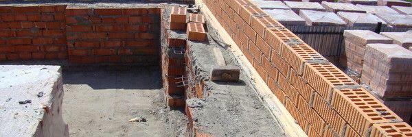 Фото - Кладка стін з цегли з утеплювачем усередині
