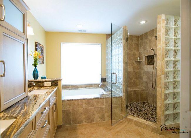 Фото - Міжкімнатні перегородки з склоблоків в ванній