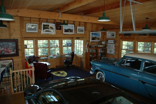 Фото - Красивий і затишний гараж