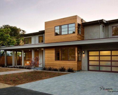 Будова з деревяними елементами