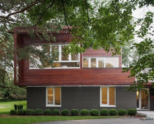 Двоповерховий будинок з плоским дахом