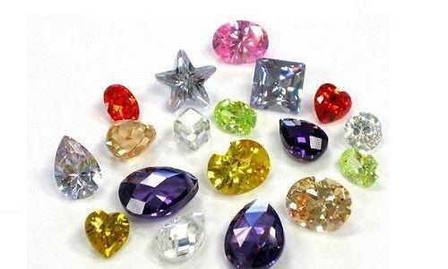 Фото - Кристалічний камінь циркон і його дивовижні властивості