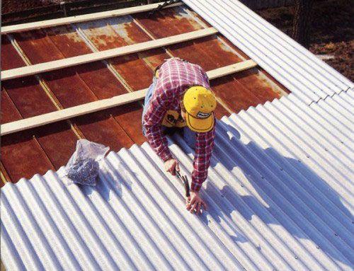 Фото - Покрівля з шиферу: якими матеріалами ремонтувати?