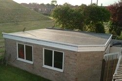 плоский дах будинку