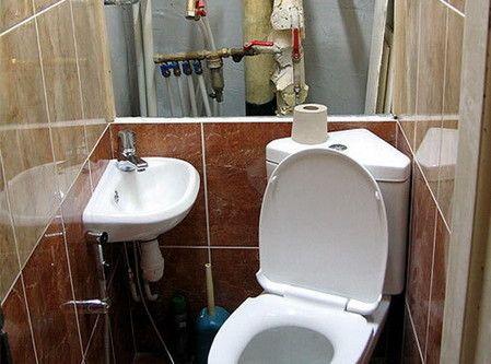 Маскуємо труби в туалеті