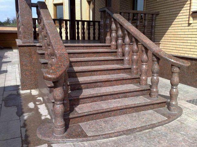 Фото - Виготовлення бетонних сходів для ганку