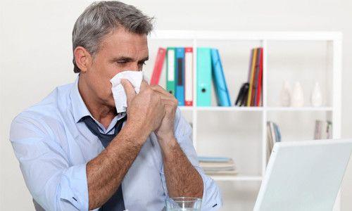 Фото - Чи можна хворій людині лікуватися в лазні при застуді без температури?
