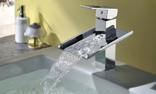 Каскадний змішувач для ванної