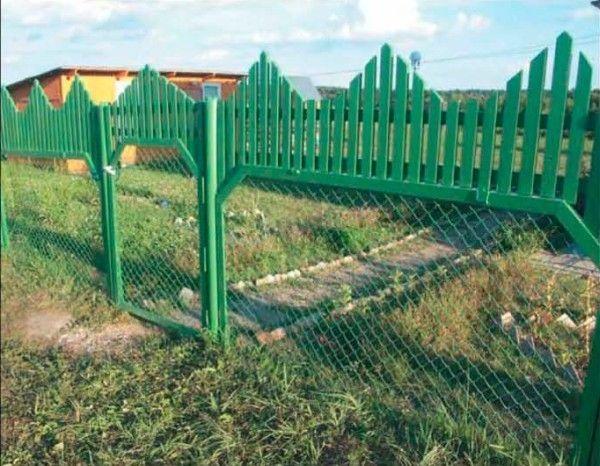 Фото - Незвичайні паркани своїми руками