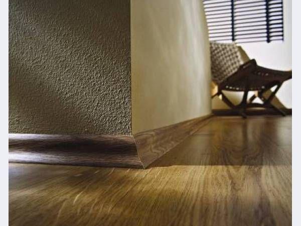Фото - Безпосередній монтаж плінтуса: завершальний штрих при укладанні підлог