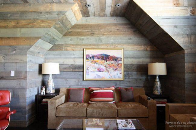 Тонована деревина в інтерєрі деревяного будинку