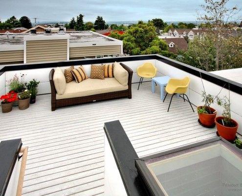 Стильний інтерєр тераси на даху