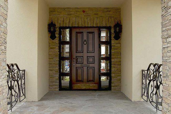 Зовнішні металеві двері
