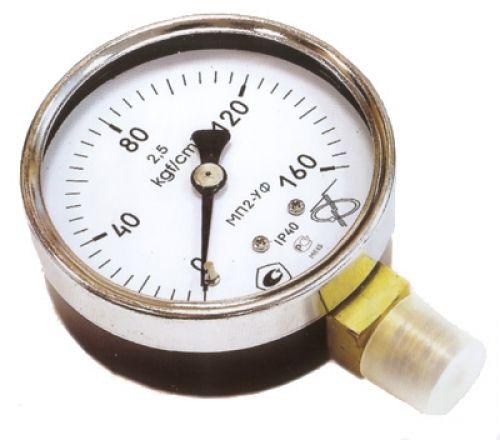 Манометр для вимірювання тиску води у водопроводі