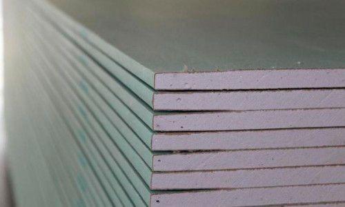 Фото - Обшивають стіну листами гіпсокартону без профілю
