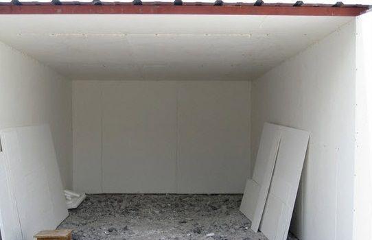 Фото - Обшивка стелі всередині гаража