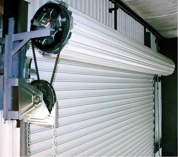Фото - Обслуговування гаражних воріт