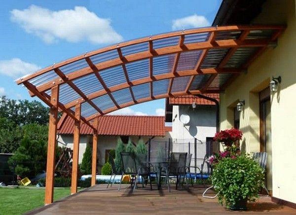 Облаштування літньої тераси з дахом і меблями