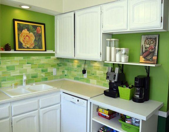 Фото - Оформлення стін невеликої кухні