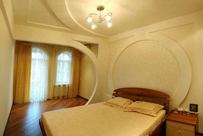 Стеля в спальні з гіпсокартону