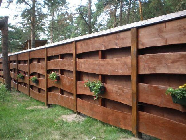 Фото - Оригінальні паркани і огорожі
