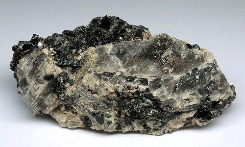 Фото - Оригінальний цирконій: камінь в ювелірних виробах